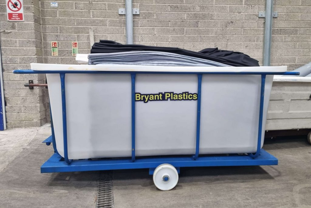 Bryant custom built Chassis Truck with rotomoulded plastic liner