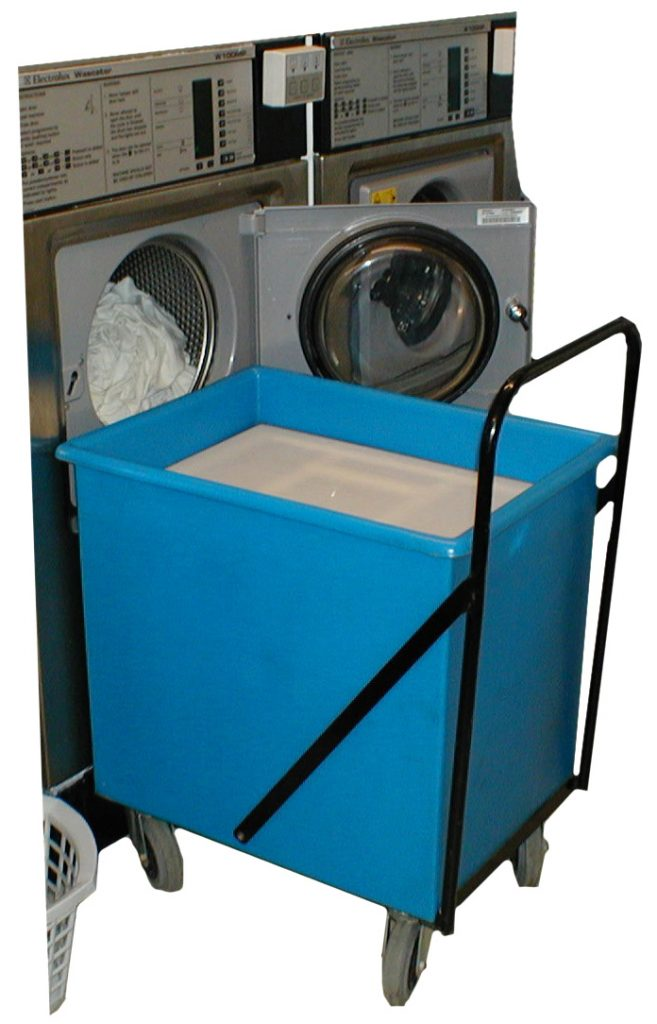 Laundry trolley with spring-loaded platform and handle